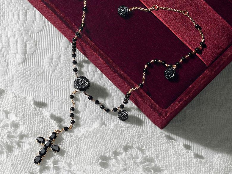 dolce-and-gabbana-rosario-jade-joyas